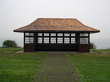 Image Oxford Road Seafront Shelter