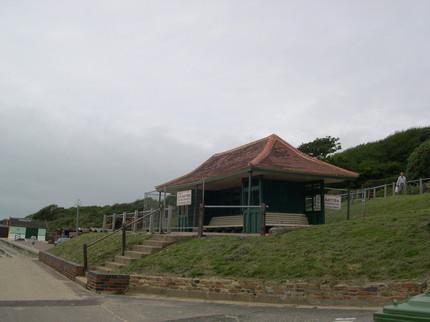Image Zig Zag Seafront Shelter
